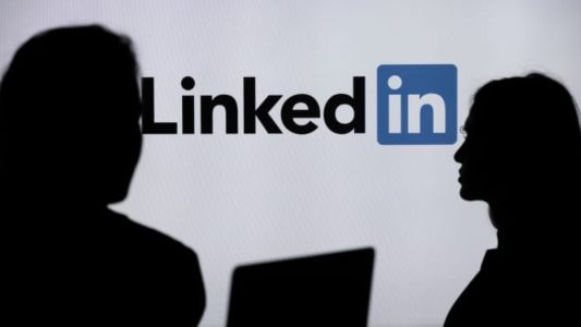 LinkedIn to End Service in China, Citing 'Challenging' Environment