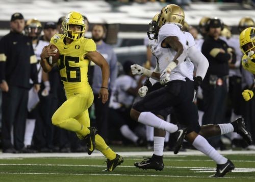 'College sports cannot operate in a bubble': Pac-12 cancels fall sports