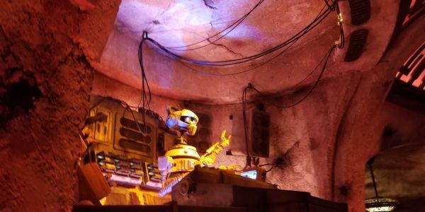 Star Wars: Galaxy's Edge No Longer Requires Reservations At Disneyland, Here's What You Need To Know