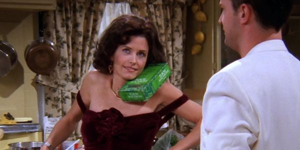 Friends: The 10 Most Shameless Things Monica Has Ever Done