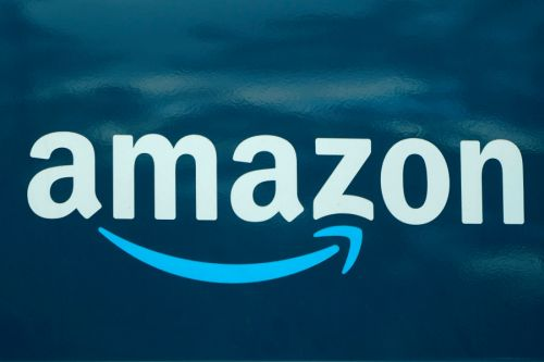 Amazon Apologizes for Tweet in Response to Claims Workers Urinate in Bottles