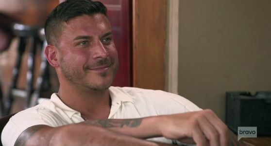 "Jax Taylor Says Tom Sandoval & Ariana Madix Are ""Glorified Roommates""; Thinks Their Relationship ""Won't Last Forever"""