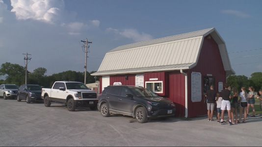 Oskaloosa residents find relief from extreme heat during weather advisory