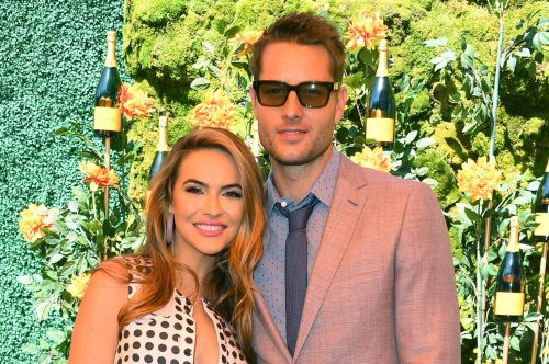 Justin Hartley files for divorce from Chrishell Stause