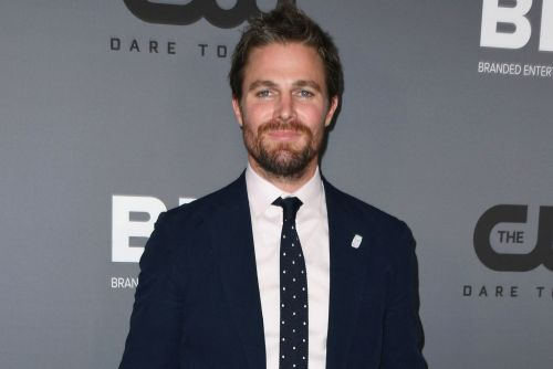 'Arrow' star Stephen Amell suffers panic attack in the middle of podcast