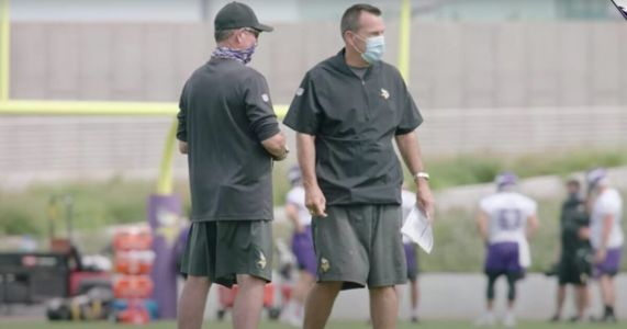 Minnesota Vikings Assistant Coach Reportedly OUT After He Refuses to Take Covid Vaccine