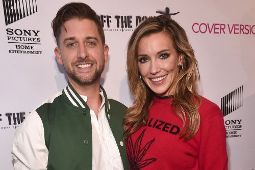 'Arrow' actress Katie Cassidy marries Matthew Rodgers