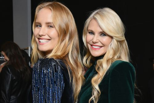 Christie Brinkley replaced by daughter on 'Dancing with the Stars' after injury