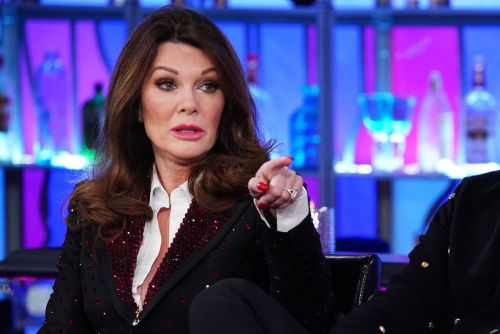 "Lisa Vanderpump Slams Governor Gavin Newsome For ""Hypocrisy At Its Finest"" After Going To Restaurant During Coronavirus Pandemic Without A Mask"