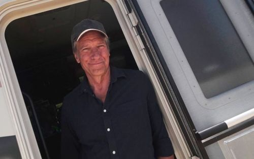 Dirty Jobs returns, Phil Keoghan is back, and other reality TV premieres this week