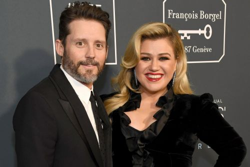Kelly Clarkson hints at possible reason for Brandon Blackstock divorce