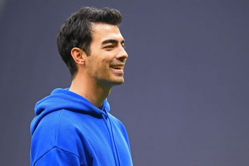 Joe Jonas Spent His Day Off Crashing a Jonas Brothers Vs. One Direction SoulCycle Class