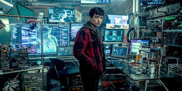 Ezra Miller Responds To Rumors Of Ben Affleck Quitting Batman