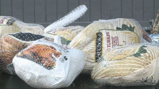 Community Leaders Work Together to Host a Turkey Thanksgiving Giveaway