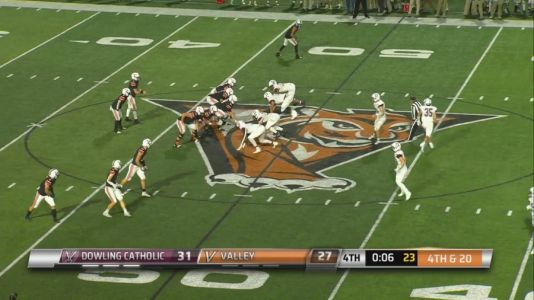 Dowling tops Valley 31-27 in thriller