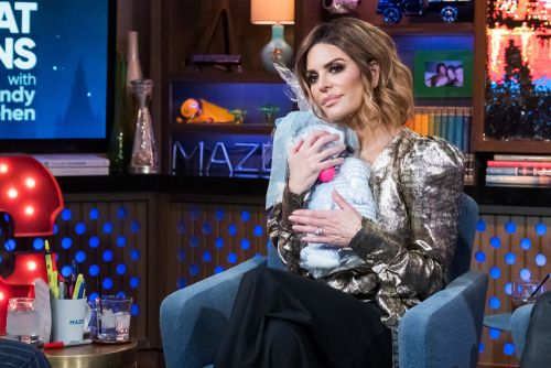 Lisa Rinna Insists Tweet About Pills Wasn't About Lisa Vanderpump's Brother's Suicide