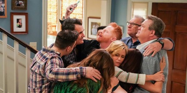 Why Modern Family's Series Finale Didn't Include A Flash-Forward