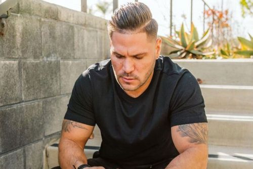 Ronnie Ortiz-Magro posts about 'mental illness' after dodging felony charge
