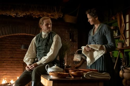 """Official Photos and Synopsis from 'Outlander' Episode 508, """"Famous Last Words"""""""