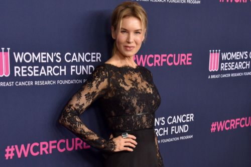 Renée Zellweger rocks out to Jonas Brothers at LA benefit