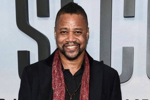 Surveillance video appears to show Cuba Gooding Jr. touching woman